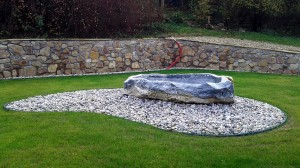 Zahrada kolem srubu W-GARDEN-Realizace zahrad0013
