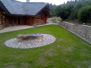 Zahrada kolem srubu W-GARDEN-Realizace zahrad0024