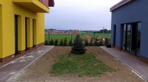 Nová zahrada-pokládka travního kobrce W-GARDEN-Realizace zahrad0002