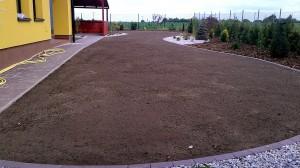 Nová zahrada-pokládka travního kobrce W-GARDEN-Realizace zahrad0025