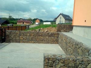 Gabionová zeď W-GARDEN-Realizace zahrad0002