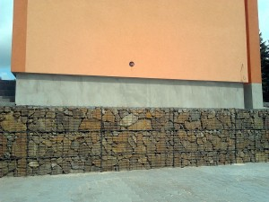 Gabionová zeď W-GARDEN-Realizace zahrad0004