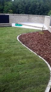 Pokládka travního koberce-W-GARDEN-Realizace zahrad0007
