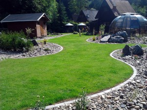 Zahradní domek, parkovací stání překrásná zahrada-W-GARDEN-Realizace zahrad0077