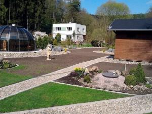 Zahradní domek, parkovací stání překrásná zahrada-W-GARDEN-Realizace zahrad0091