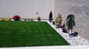 Výsadba okrasných dřevin a travního koberce-W-GARDEN-Realizace zahrad0006